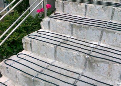 schody-montaż-400x285